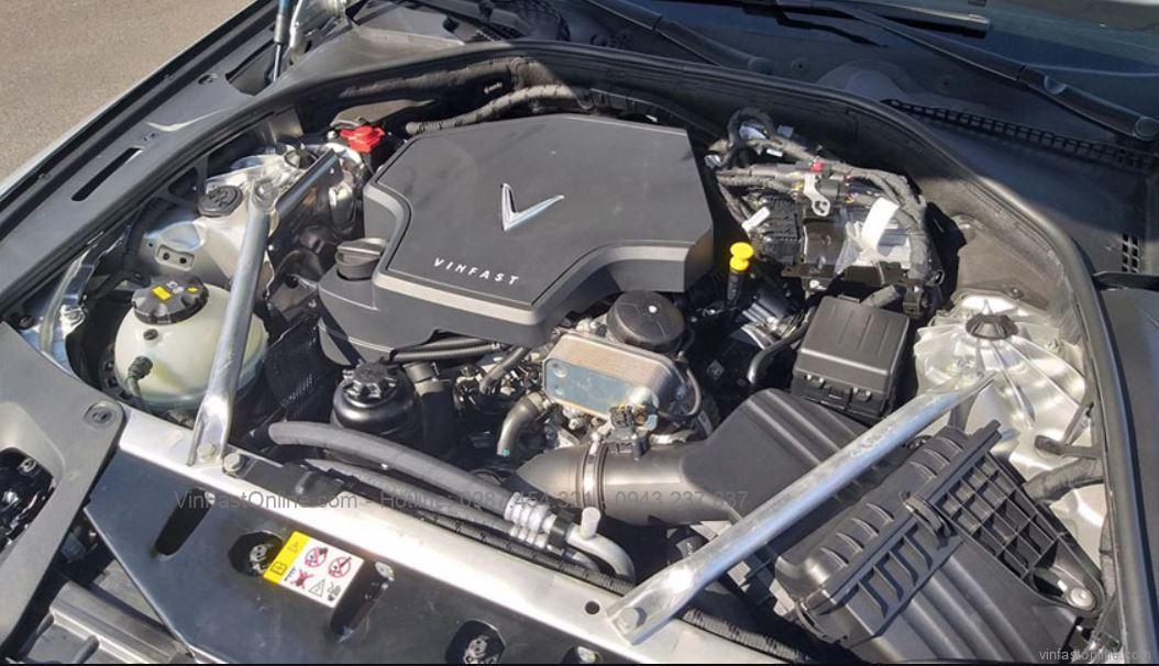 Động cơ xe VinFast Lux A2.0