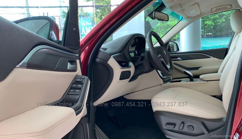Khoang lái xe VinFast Lux A2.0