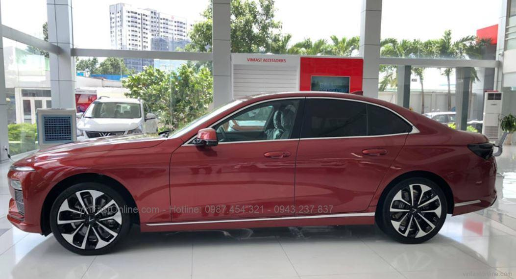 Thân xeVinFast Lux A 2.0