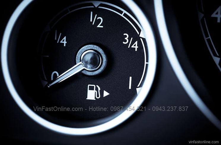 Xe hết xăng