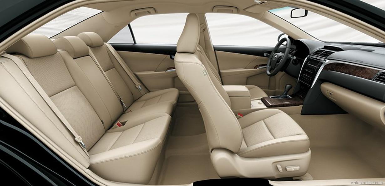 Nội thất xe Toyota Camry 2.5Q